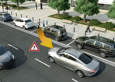 Vehicle-to-X technology enables the exchange of position and movement data between vehicles and people in the road. (Source: Continental)