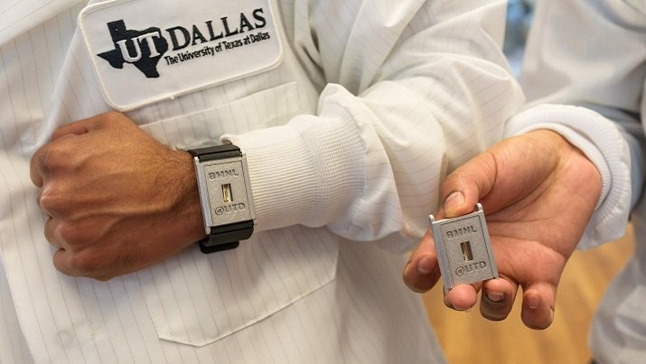 UT Dallas researchers have developed a wearable diagnostic tool that measures diabetes-related compounds. (Credit: University of Texas at Dallas)