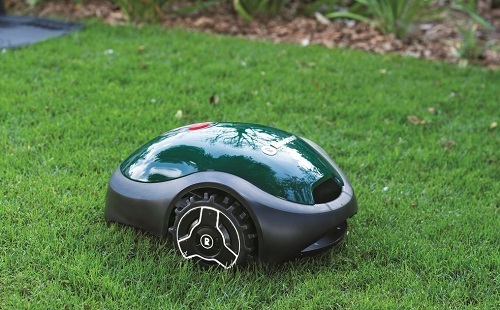 The RX12 Robomower can cut lawns up to 2,000 square feet. Source: Robomow