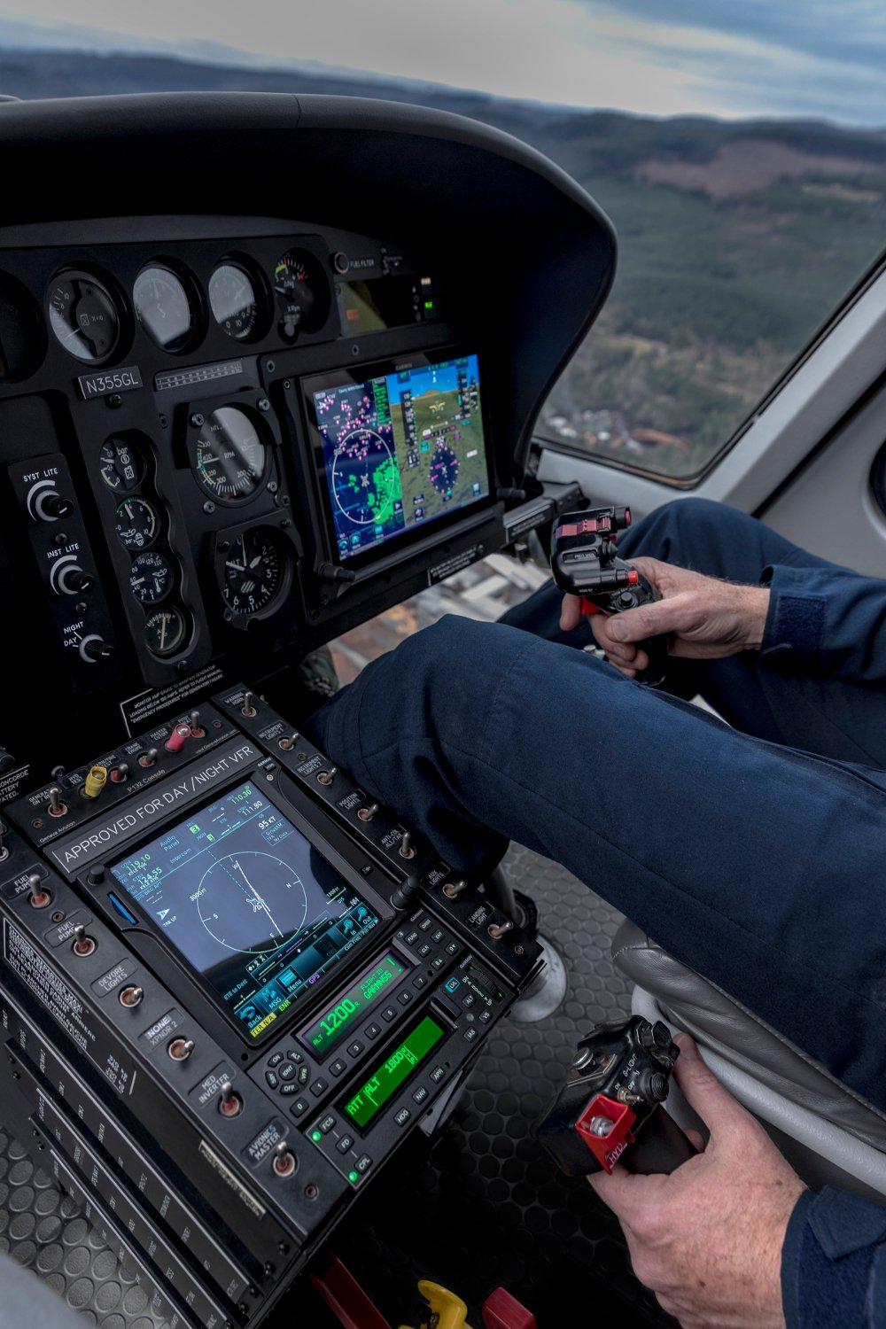 The GFC 600H can operate as a standalone flight control system or integrated with compatible flight displays like the Garmin G500H and G500H TXi. Source: Garmin