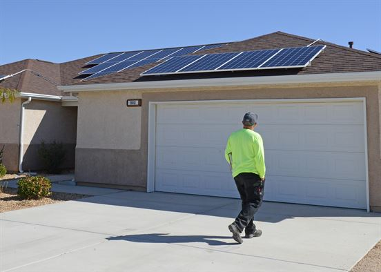 Solar comprised 30% of all new electric generating capacity installed in the United States in the first quarter of 2017.