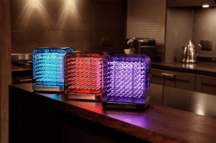 The Tittle Light lamp features 512 LED lights that can be viewed at a 180-degree angle. (Source: SPIN-R)