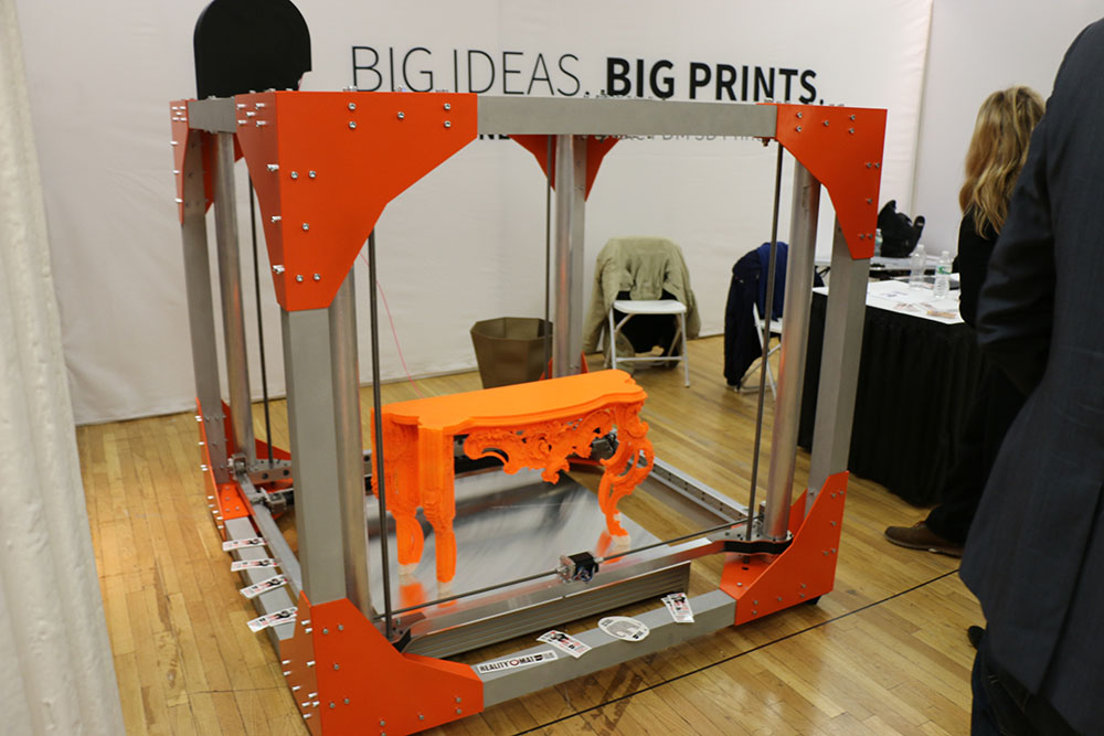 A commercially available 3D printer. Source: Wikicommons/Gui le chat
