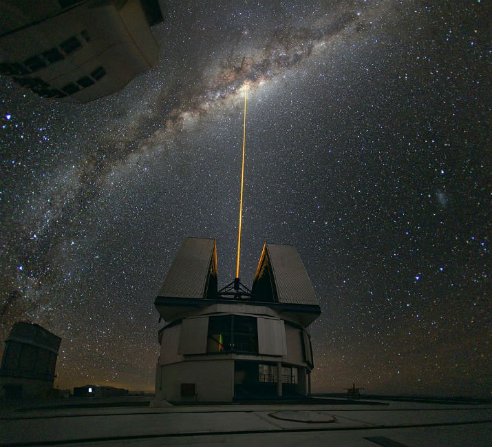 Astronomers observe the center of the Milky Way using the laser guide star facility at Yepun, one of the four Unit Telescopes of the Very Large Telescope (VLT). (Image Credit: ESO Photo Ambassador Yuri Beletsky)