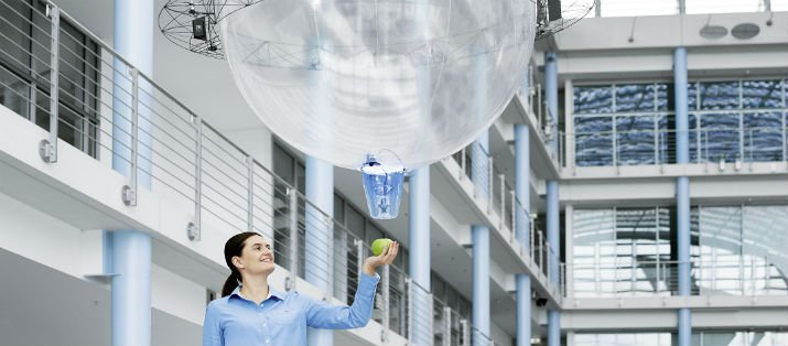 FreeMotionHandling in action. (Image Credit: Festo)