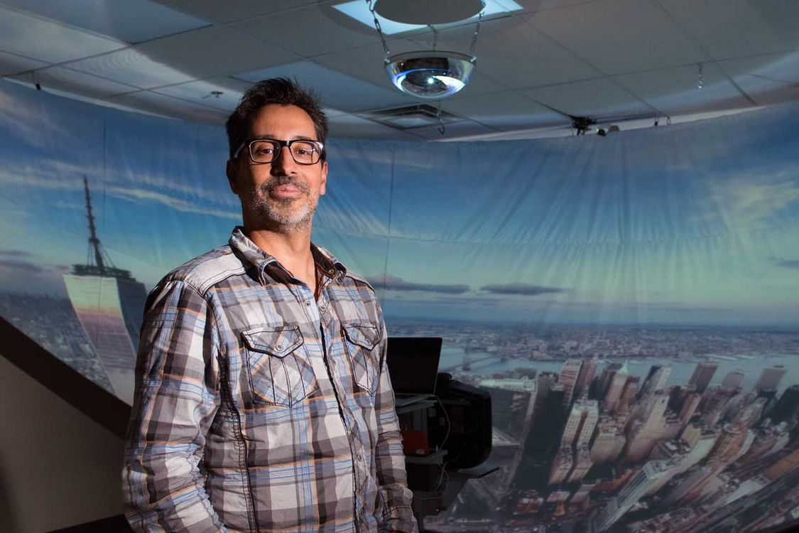 Professor Tomás Dorta and his team see a better way to create a virtual reality environment.