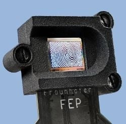 High-resolution OLED-on-silicon fingerprint sensor. (© Fraunhofer FEP)