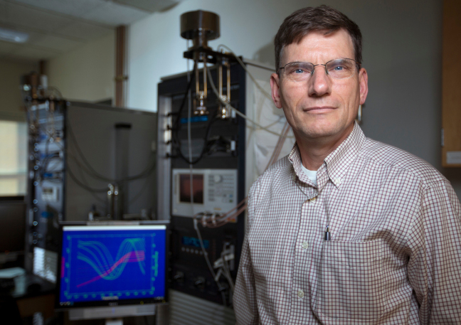 Steve Martin, a professor of engineering at Iowa State University, and his team have developed lithium-ion batteries filled with glassy solids for better performance and safety. Source: Iowa State University
