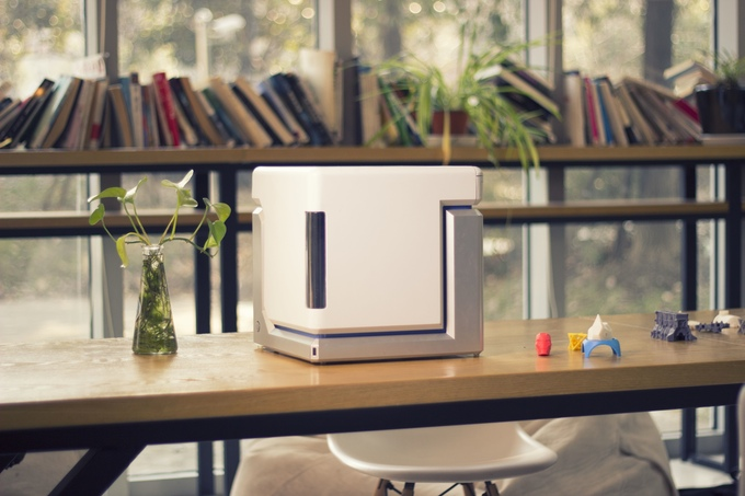 The Anvil 3-D printer features auto-loading mechanics to feed filament, a Lego-like model building app and costs $299. Source: Anvil