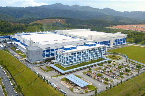 Infineon to Expand Wafer Fab, Buy Into PCB   Electronics360