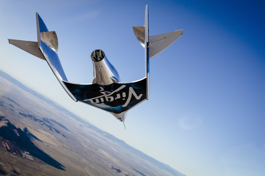 Virgin Galactic's VSS Unity takes its first successful free flight, soaring 50,000 feet to Earth.