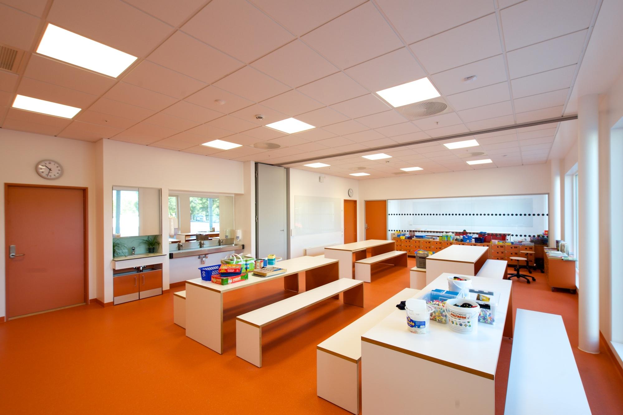 Modern Classroom Lighting ~ Lighting up learning electronics