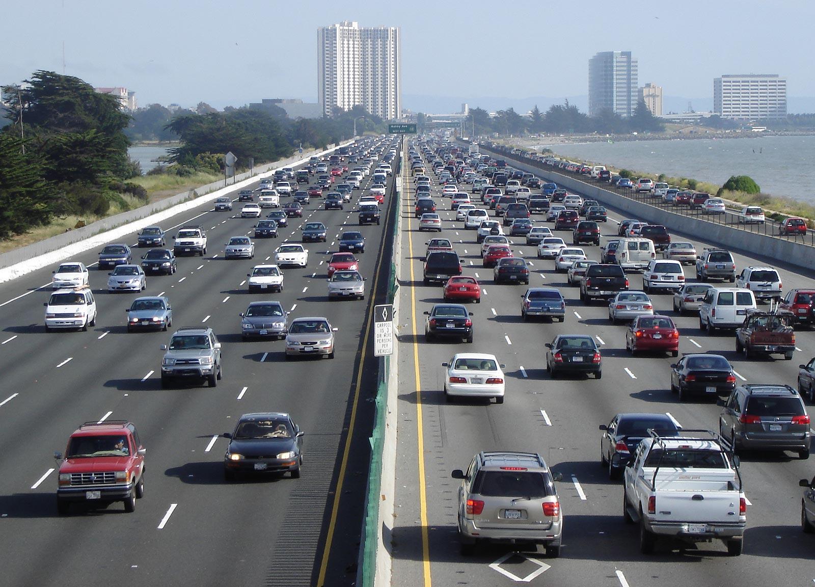 New Algorithm Improves the Ability of Autonomous Cars to Change ...
