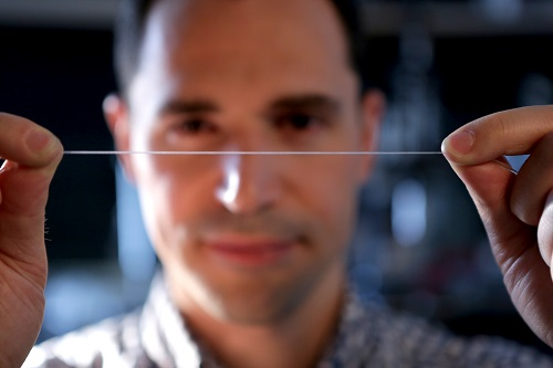 The stretchable fibers can be produced by the hundreds of meters in a short amount of time. Source: EPFL